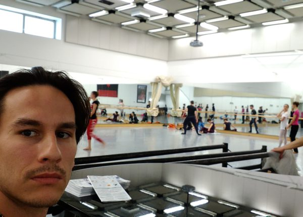 A day of a dancer in 12 photos! How does a day look like for the SND soloist Peter Dedinský?